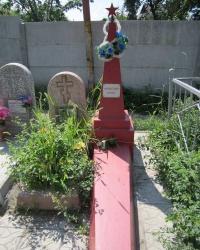 Могила неизвестного солдата на кладбище по ул.Ватутина - ул.Кармелюка