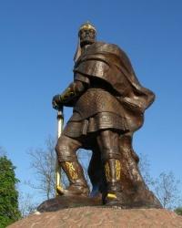 Памятник древлянскому князю Малу в г. Коростень