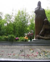 Памятник воинам-односельчанам в с. Киянка