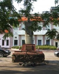 Памятник воинам-речникам в Днепродзержинске