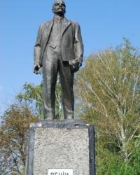 Памятник Ленину в Великих Сорочинцах