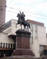 Кравчук на козле (памятник Щорсу в Киеве)