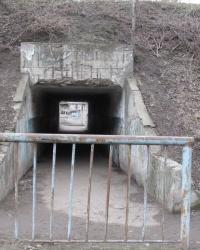 У тоннеля. Тайник.