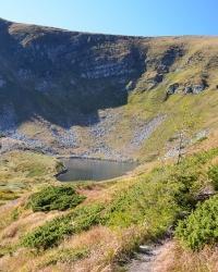 Бребенескул - озеро Черногорского хребта.